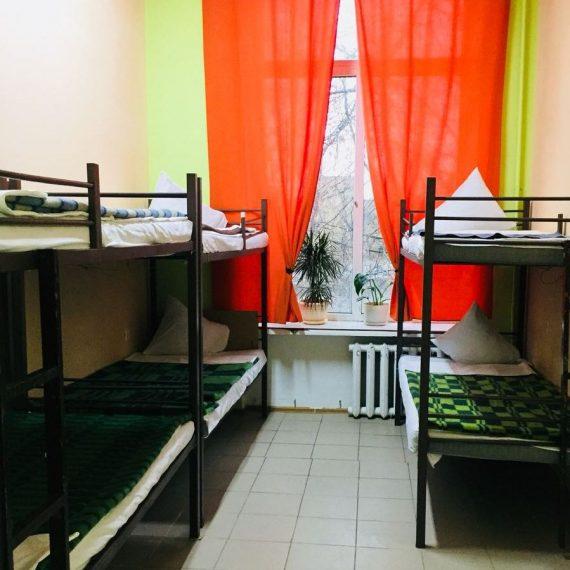 6-местный номер в гостинице Космос у метро Щелковская